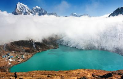 Everest Gokyo valley and Renjo pass 17 days Trekking